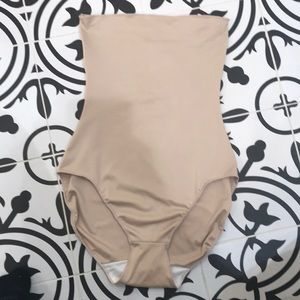 Spanx Oncore high waisted brief. Size S
